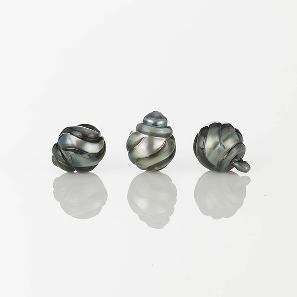 0710-16976 Carved Pearl 05